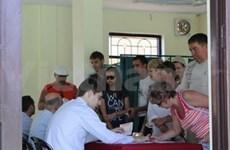Présidentielle russe : les citoyens russes au Vietnam vont aux urnes
