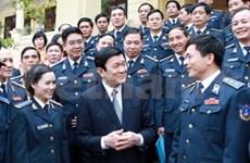Le président travaille avec le Département de police maritime