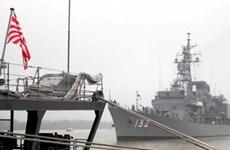 Trois navires de la Force maritime d'autodéfense japonaise à Hai Phong