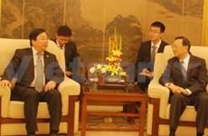 Visite d'un vice-ministre des AE en Chine