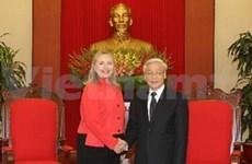 Le secrétaire général du PCV reçoit Hillary Clinton