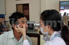 Aide australienne dans les soins oculaires