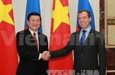 Entrevue Truong Tân Sang et Medvedev