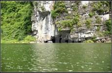 À Bich Dông, dans le secret d'une caverne préhistorique habitée