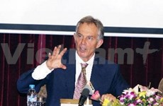 Le ministre des Affaires étrangères rencontre Tony Blair