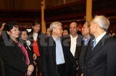 Le chef du PCV rencontre l'électorat de Hanoi