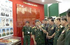 Rencontre d'anciens étudiants militaires cambodgiens à HCM-Ville