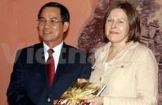 La ministre finlandaise Heidi Hautala en visite à Da Nang