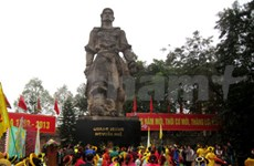 La victoire de Ngoc Hoi-Dong Da célébrée à Hanoi