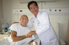 Les étrangers viennent au Vietnam pour se faire soigner