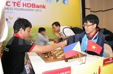 Un grand-maître vietnamien gagne le Tournoi d'échecs HD Bank