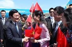 Truong Tan Sang rencontre des Vietnamiens en Chine