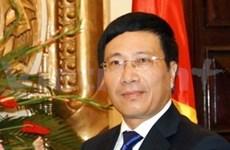 Le ministre vietnamien des AE en visite officielle en Angola