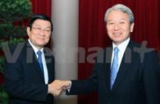 Des dirigeants reçoivent le nouveau chef de la JICA