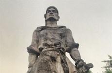 Les sculpteurs rendent hommage aux généraux célèbres