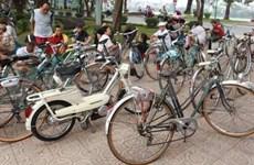 Les vélos anciens, nouveau loisir des Hanoiens