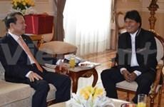 Activités du vice-Premier ministre Vu Van Ninh en Bolivie