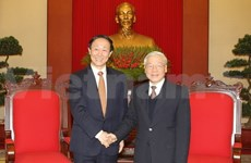 Nguyen Phu Trong reçoit la délégation du PCC