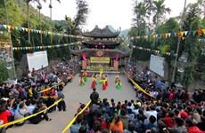 Ouverture de la Fête de Chua Huong