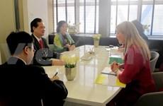 Entretien entre les PM vietnamien et néerlandais