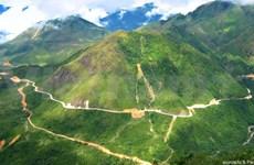 Le col de Pha Din, voie des canons vers Dien Bien Phu