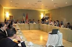 Table ronde sur le Vietnam en Argentine