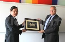 Télécoms : Vietnam et Royaume-Uni partagent des expériences