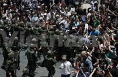 Thaïlande : les opposants au coup d'État continuent à se rassembler