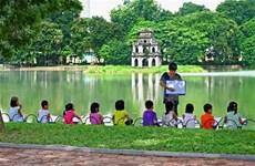 """""""Hanoi - Ville de la paix: 15 ans d'intégration et de développement"""""""