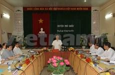 Le secrétaire général du PCV se rend à Phu Quoc