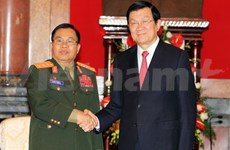 Le chef d'Etat reçoit le ministre de la Défense du Laos