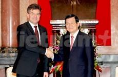 Le chef de l'Etat reçoit un vice-PM slovaque