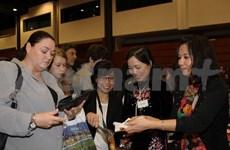 La gastronomie vietnamienne attire les visiteurs lors d'une foire en R. tchèque
