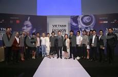 Pluie de stylistes à la Semaine de la mode internationale