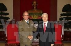 Renforcement de la coopération vietnamo-cubaine dans la défense