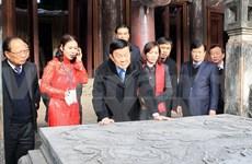 Le chef de l'Etat examine les projets de conservation de l'ancienne capitale Hoa Lu