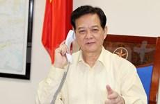 Conversation téléphonique entre les Premiers ministres vietnamien et japonais