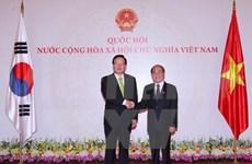 Vietnam-R. de Corée: entretien des présidents des AN
