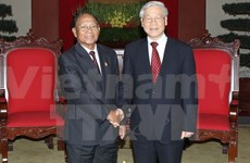 Le président de l'AN cambodgienne reçu par les dirigeants vietnamiens