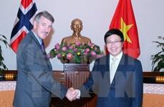 Dynamiser les relations Vietnam-Italie et Vietnam-Norvège