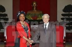 Le leader du PCV reçoit la présidente de l'AN sud-africaine