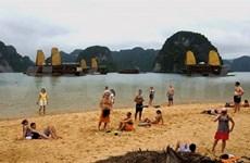 Ha Long à la recherche des plages aux normes internationales