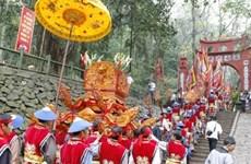 Emission d'une collection de timbres sur le culte des rois Hùng