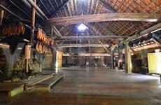 Pour que la maison de Lang vive toujours dans la culture Muong