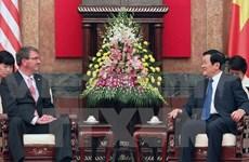 Le président Truong Tan Sang reçoit le secrétaire américain à la Défense