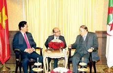Le PM termine sa visite officielle en Algérie