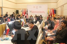 Le Vietnam s'engage à contribuer à l'accélération de la connectivité de l'ASEAN