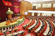 Troisième journée de travail du 11e Plénum du Comité central du Parti (XIIe mandat)