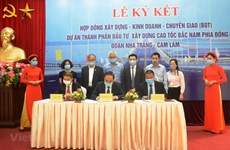 Signature du premier contrat sous forme de PPP pour le projet d'autoroute Nord-Sud