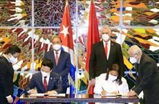 Le Vietnam et Cuba renforcent la coopération dans l'information et les communications